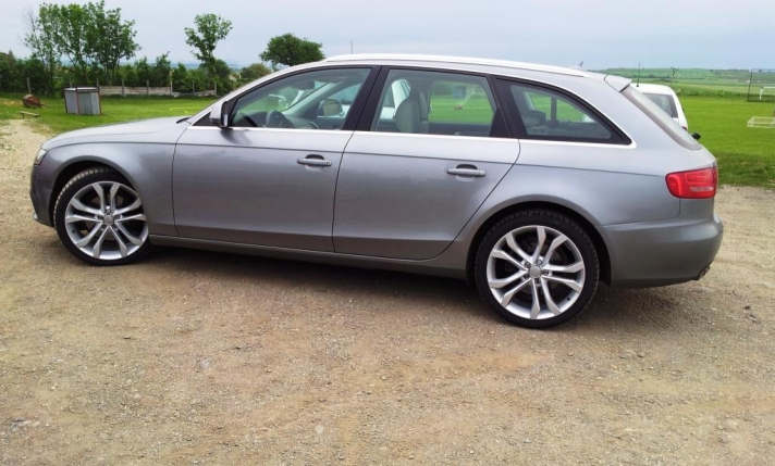 Audi A4 WSP Italy SEATTLE (Silver)