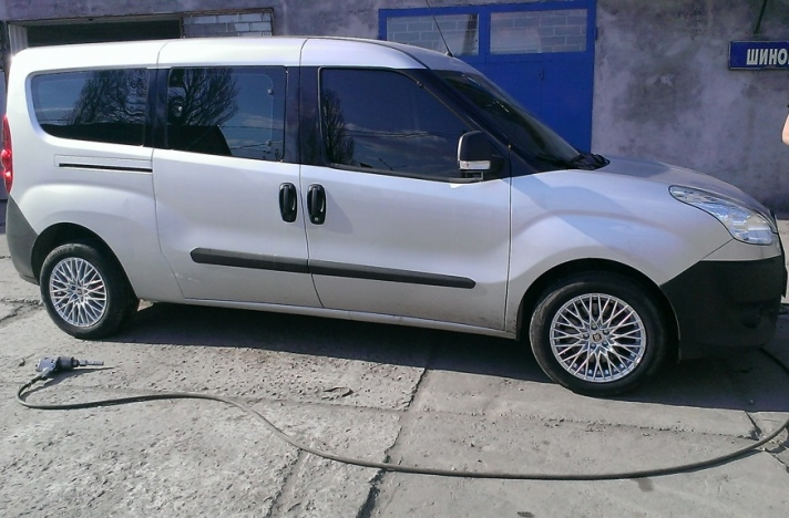 Fiat Doblo WSP Italy GRACE (Anthracite Polished )