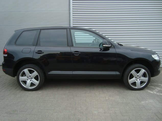Volkswagen Touareg WSP Italy ALBANELLA (Silver)